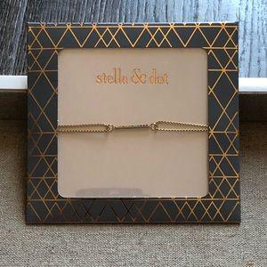Brand New Stella and Dot Wishing Bracelet Gold